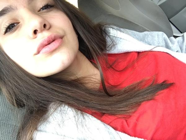Veronica2306's Profile Photo