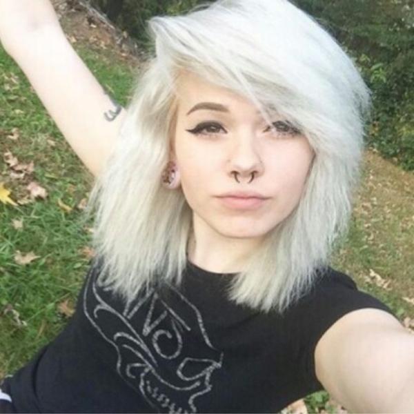 awkward_bear_hugs's Profile Photo