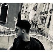 Mikh22's Profile Photo