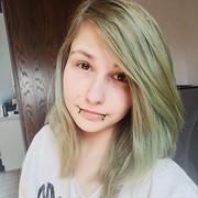 Unxia's Profile Photo