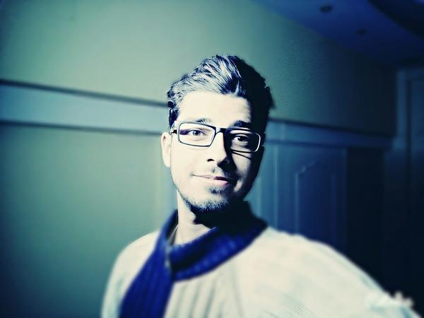 komaklihamza's Profile Photo