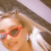 ZsebiiiBabaaa's Profile Photo