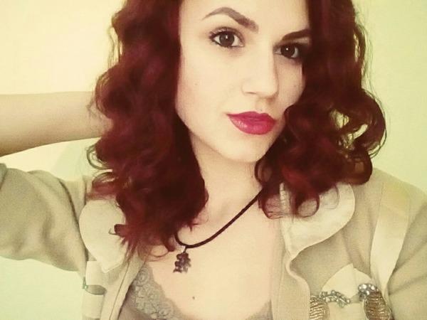 IzabelCenova's Profile Photo