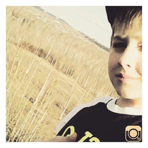 ilyaris's Profile Photo