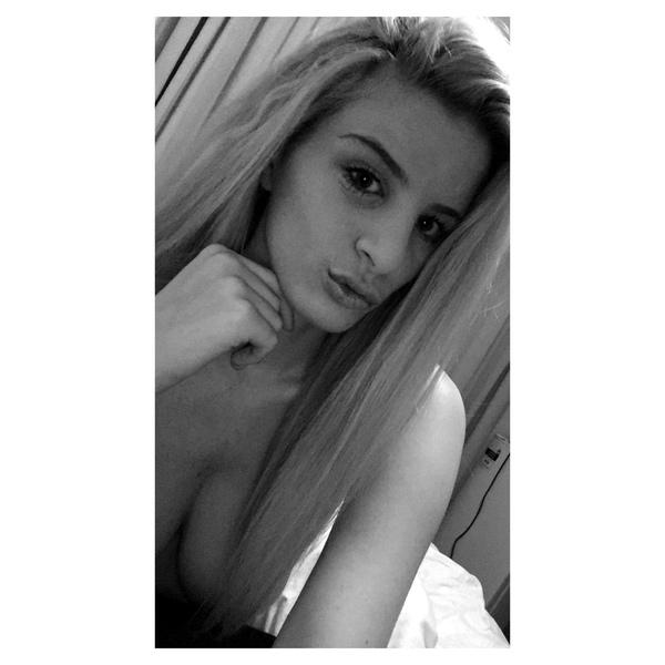 Lauren Saunders Snapchat