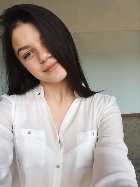 etriputina's Profile Photo