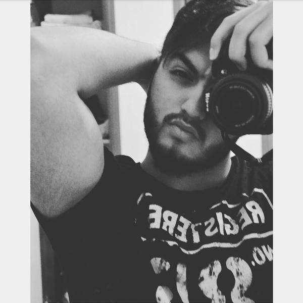 Hamoodi_b7's Profile Photo
