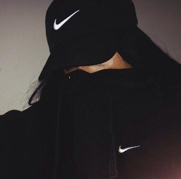 ainasha1111's Profile Photo