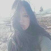 ozgemrl4's Profile Photo