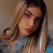 lolaagarvi's Profile Photo