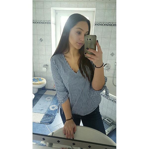 AlexandraBroe's Profile Photo