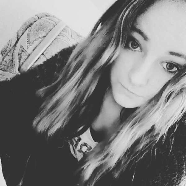 becia100a's Profile Photo
