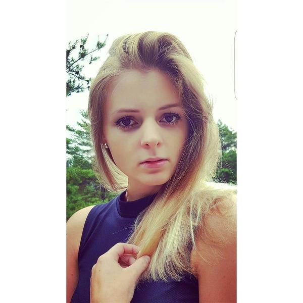 xX_DunkelBunt_Xx's Profile Photo