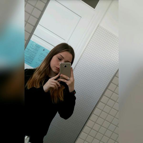 Adela12homo's Profile Photo