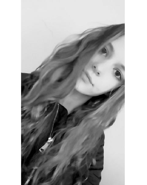 Izaa37's Profile Photo