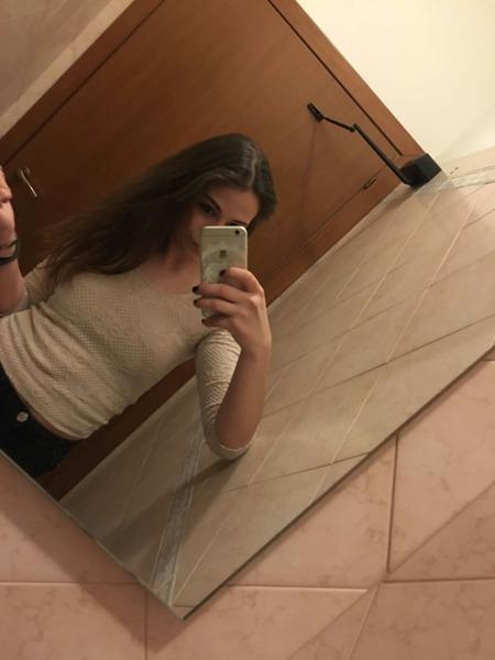 melisaimeri18's Profile Photo