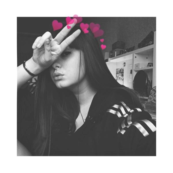 FunVika's Profile Photo
