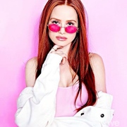 perfectredvelvet's Profile Photo