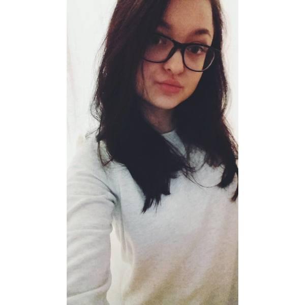 ButnariuNicoleta's Profile Photo