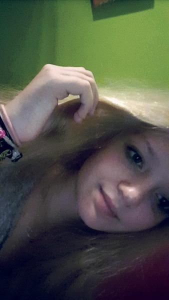 lena_hew's Profile Photo