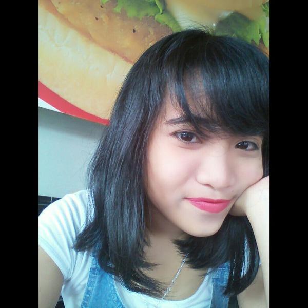 dearenandasari's Profile Photo