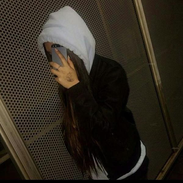 Arlina_16's Profile Photo