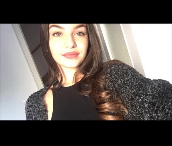 ela_cimen's Profile Photo